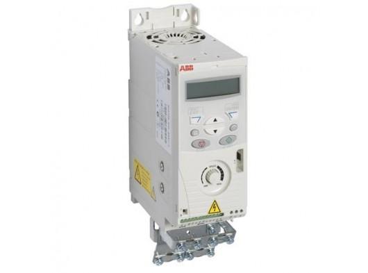 ABB 0,75 KW Hız Kontrol Cihazı (1 Faz-Besleme Gerilimi:200-240 V)